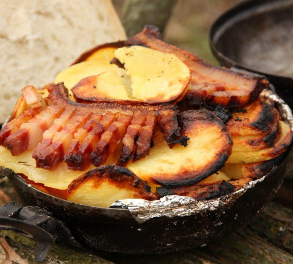 Belegtes Kotelett in Bratdiscos gebraten